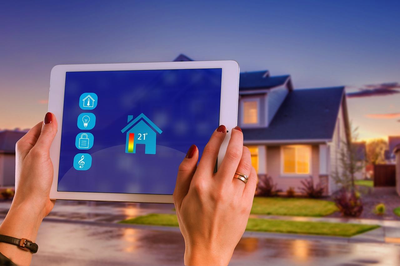 Centrální ovládání domu – ovládejte celý dům