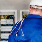 Kde sehnat dobrého elektrikáře?
